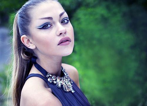 Augen und Lippen können gleichermassen betont werden © flickr / Widerbergs