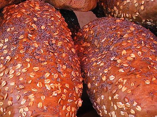 Vollkornprodukte helfen Heißhunger vorzubeugen © flickr / Itinerant Tightwad