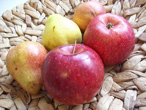 Noch gesünder als ein Fruchtriegel ist der klassische Apfel © flickr / bogoni